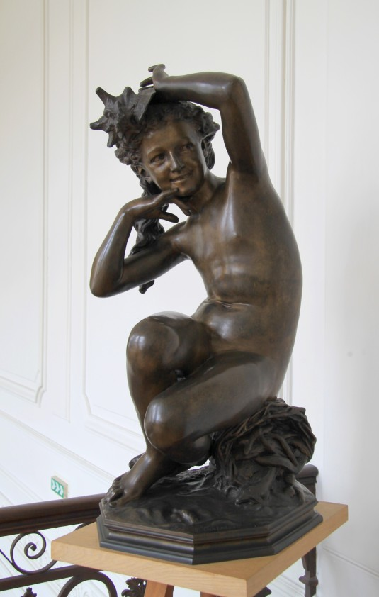 Jeune fille au coquillage / Cambrai