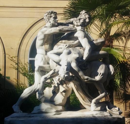 Le combat du centaure à la mairie du VIème __________